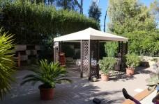 giardino pavimentato