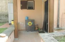 mini portico