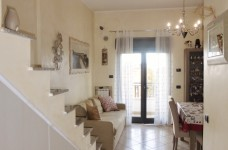 ingresso/soggiorno/angolo cottura