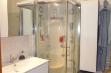 1° bagno con box doccia
