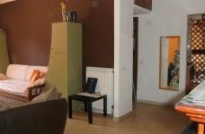 il soggiorno e l'ingresso  com'erano